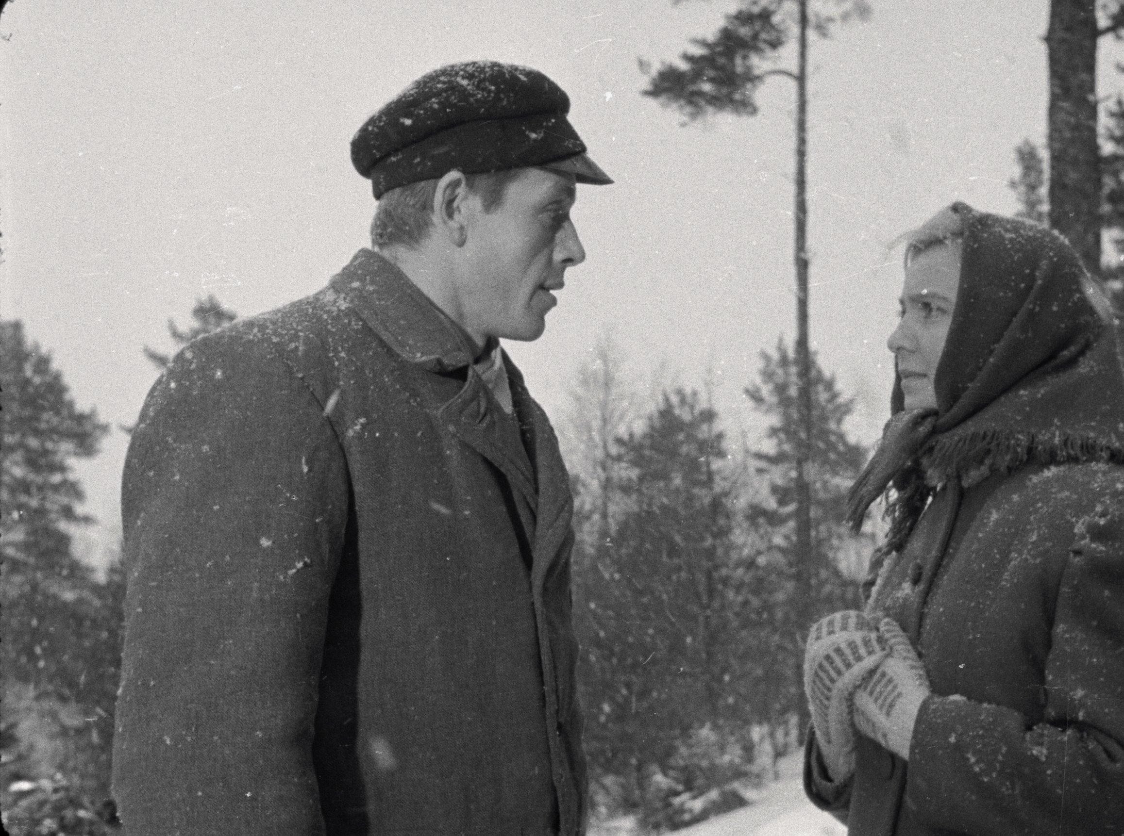 """Telefilmi """"Külmale maale"""" peategelased Leonhard Merzin ja Ada Lundver. EFA.664.0-198586"""
