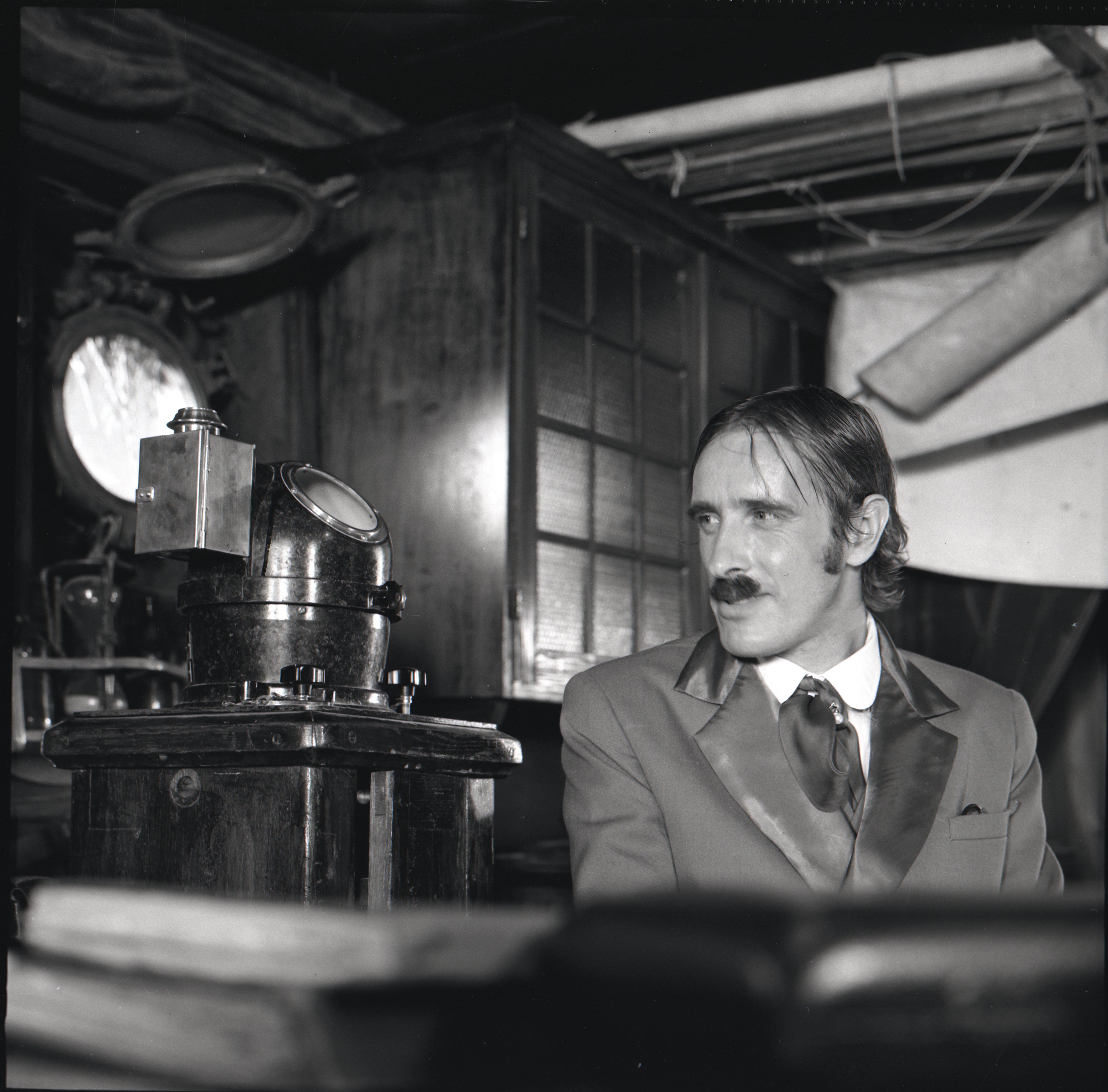 """EFA 0-203815. Ruuge Tüüp – Lembit Ulfsak – mängufilmis """"Arabella, mereröövli tütar"""". Foto: Viktor Mendunen, 1982"""