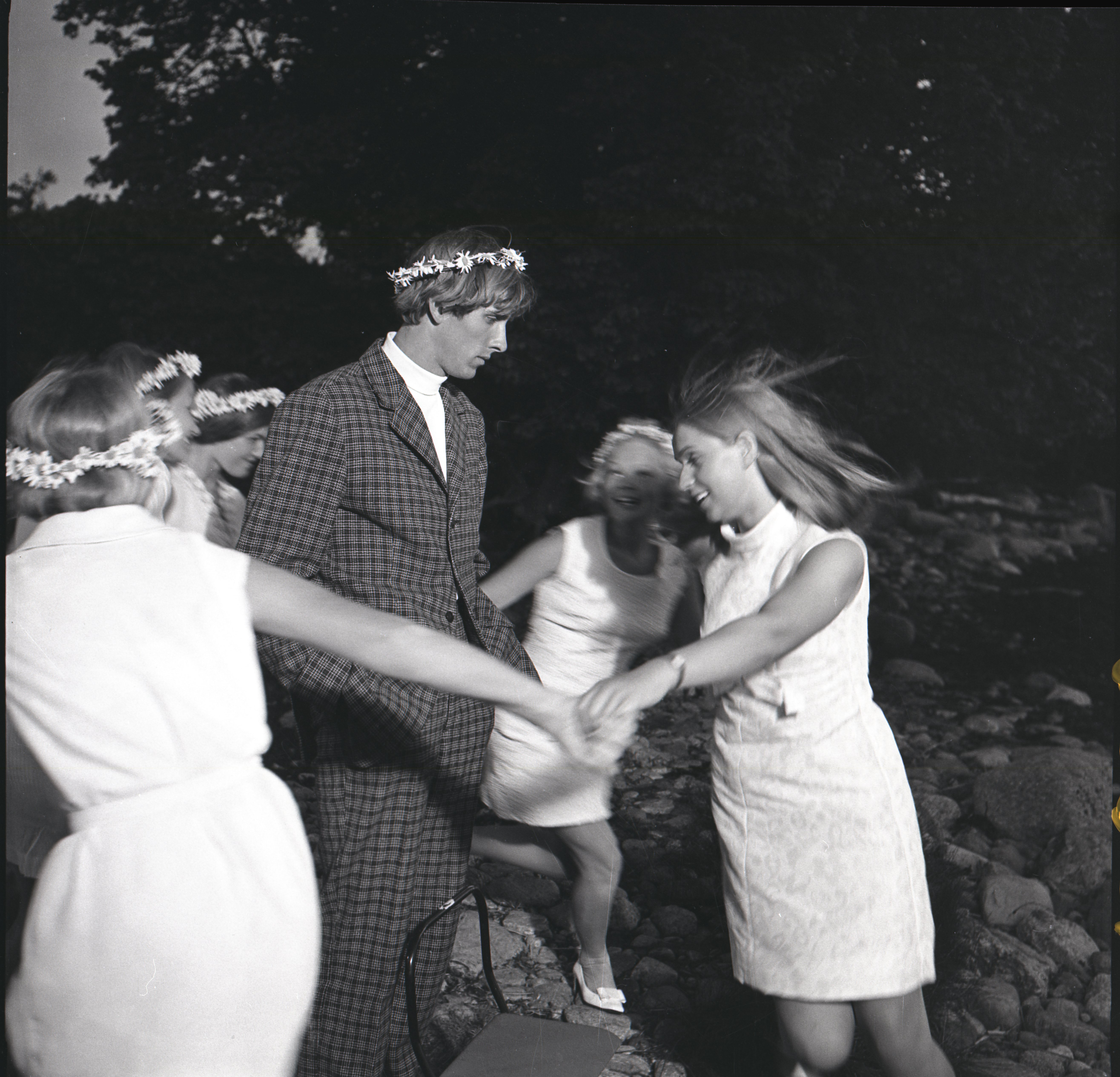"""EFA 0-213830. Mängufilm """"Tuulevaikus"""". Foto: Oti Vasemaa, 1970"""