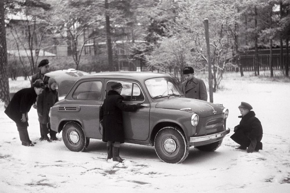 """Nõmme Pioneeride Maja sõiduauto """"Zaporožets"""", 1961 EFA.252.0-35674"""