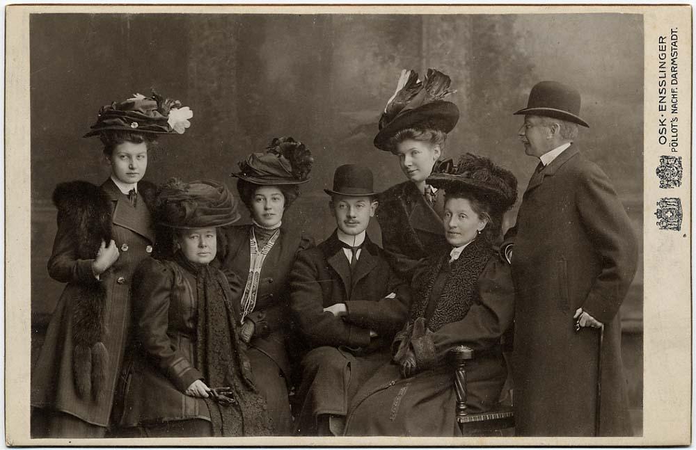 Julie Therese von Ungern-Sternberg (paremalt teine). RA,EAA.1423.1.122