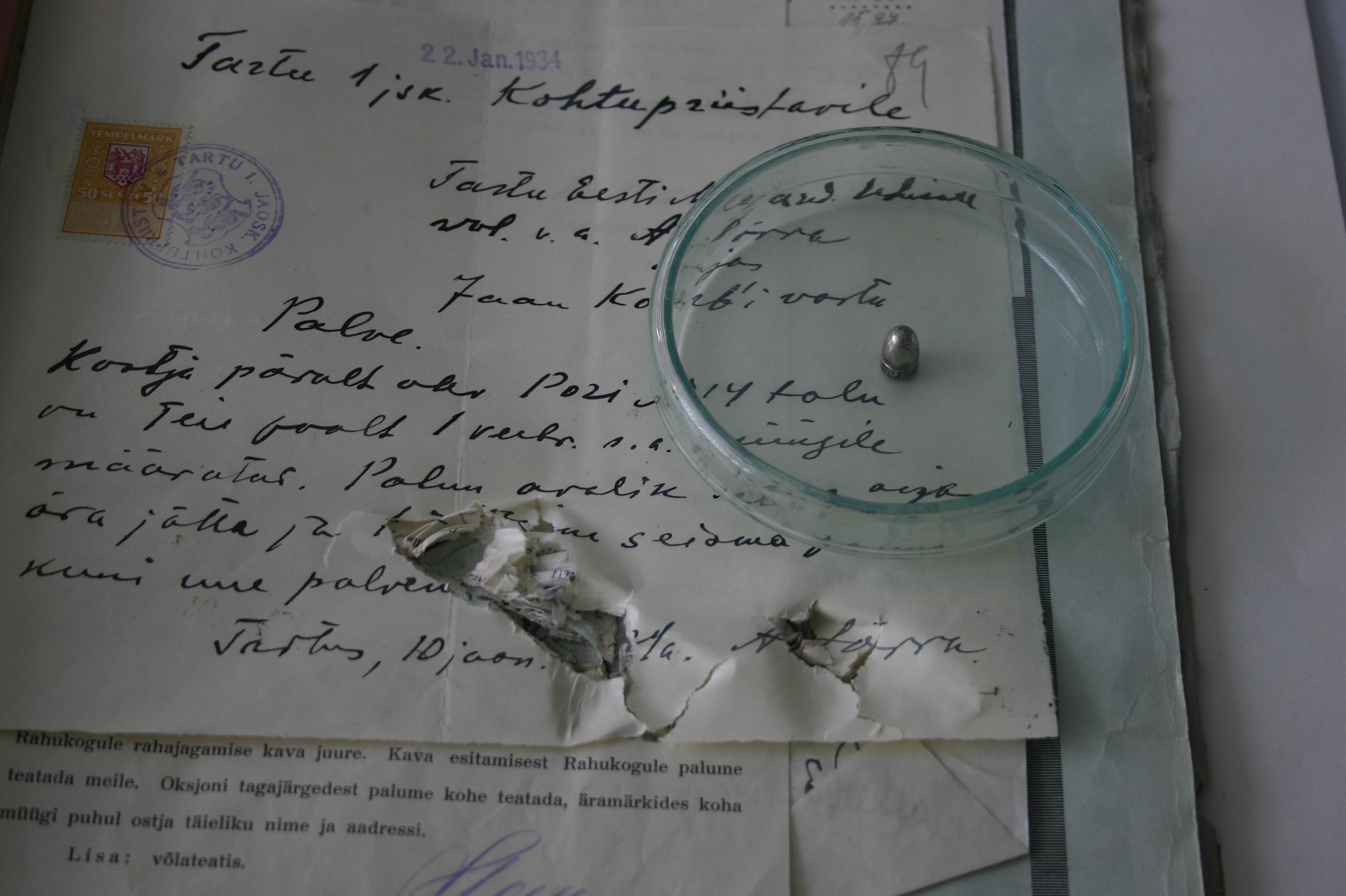 Paberivoltide vahelt leitud kuul