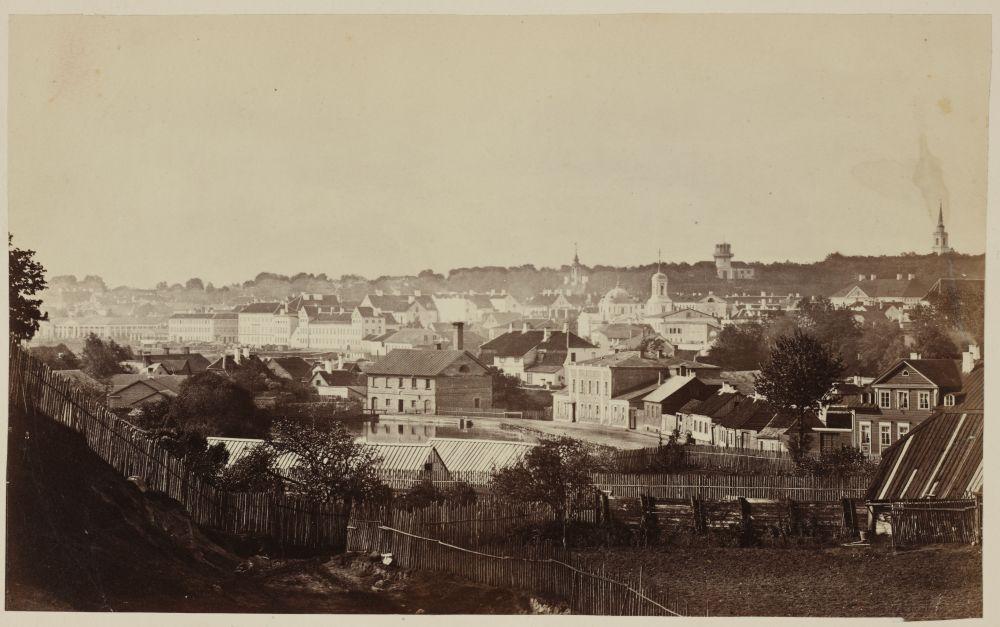 Panoraamvaade Tartule üle Meltsiveski tiigi, autor C. Schulz. RA, EAA.1843.1.225 foto 107. eaa1843_001_0000225_00000_00107_f