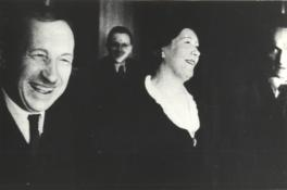 M. Under ja A.H. Tammsaare raamatufondi kirjanduslike auhindade väljajagamine aktusel. Tallinn 1936. EFA.4.0-48142