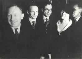 M. Under ja A.H. Tammsaare raamatufondi kirjanduslike auhindade väljajagamine aktusel. Tallinn 1936. EFA.4.0-48143