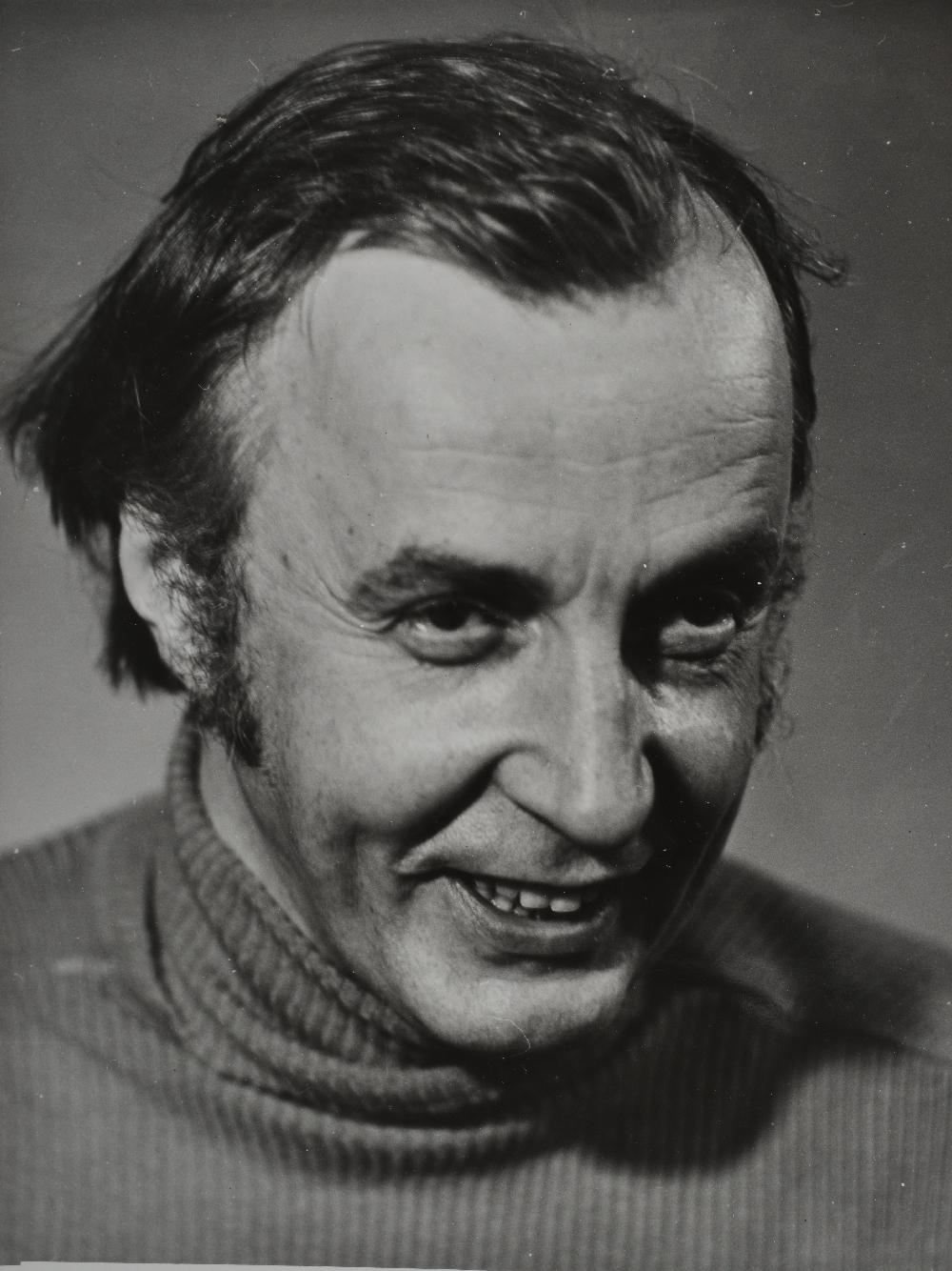 """Aarne Üksküla mängufilmi """"Nipernaadi"""" proovivõtetel, 1982. Foto: Mikk Raude. RA, EFA.203. A-489-5. efa0203_00a_0000489_00005_ft"""