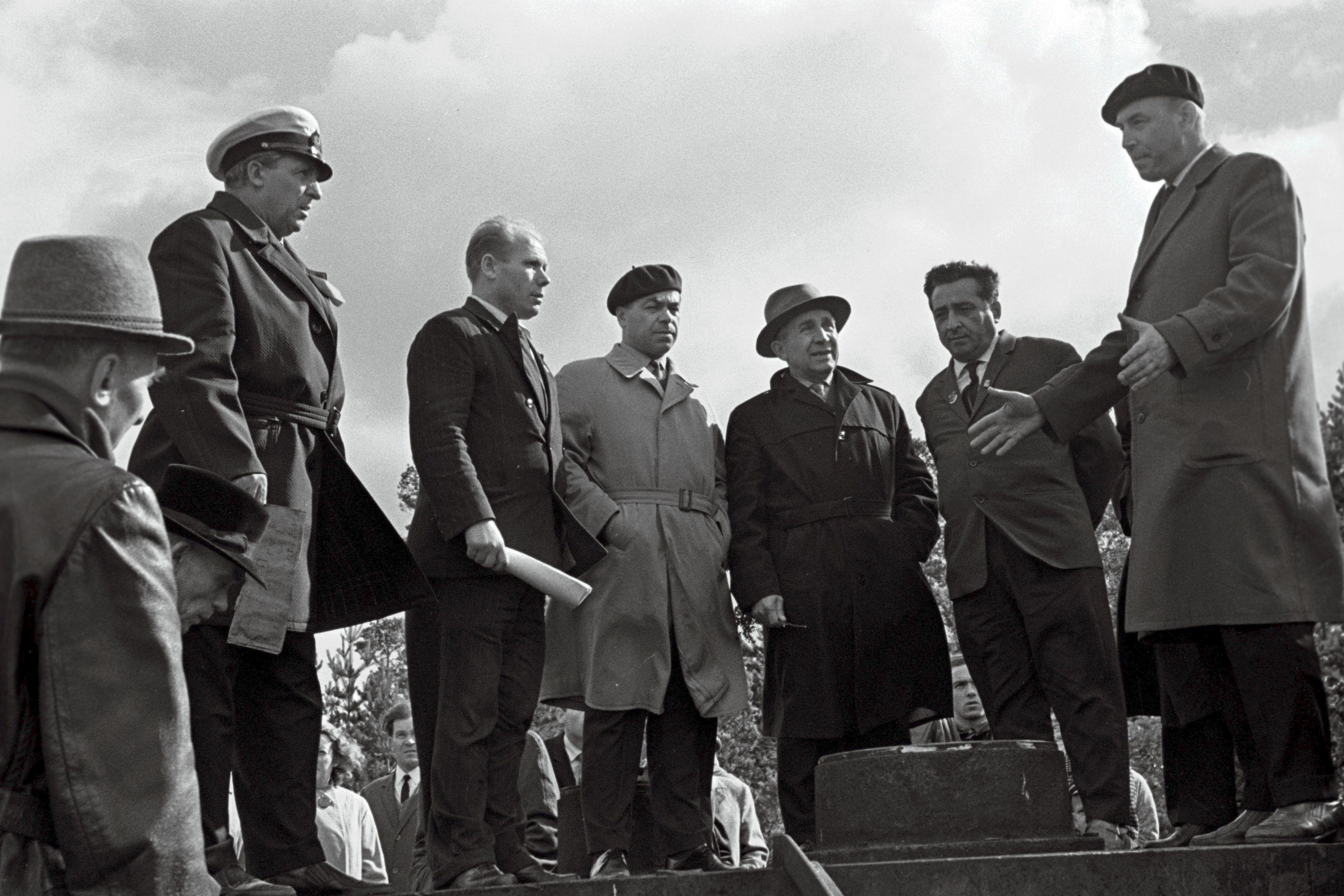 Hiiumaa kaitselahingutest osavõtnud Tahkuna poolsaarel septembris 1966. Foto Olev Koska. RA, EFA.204.0-69974