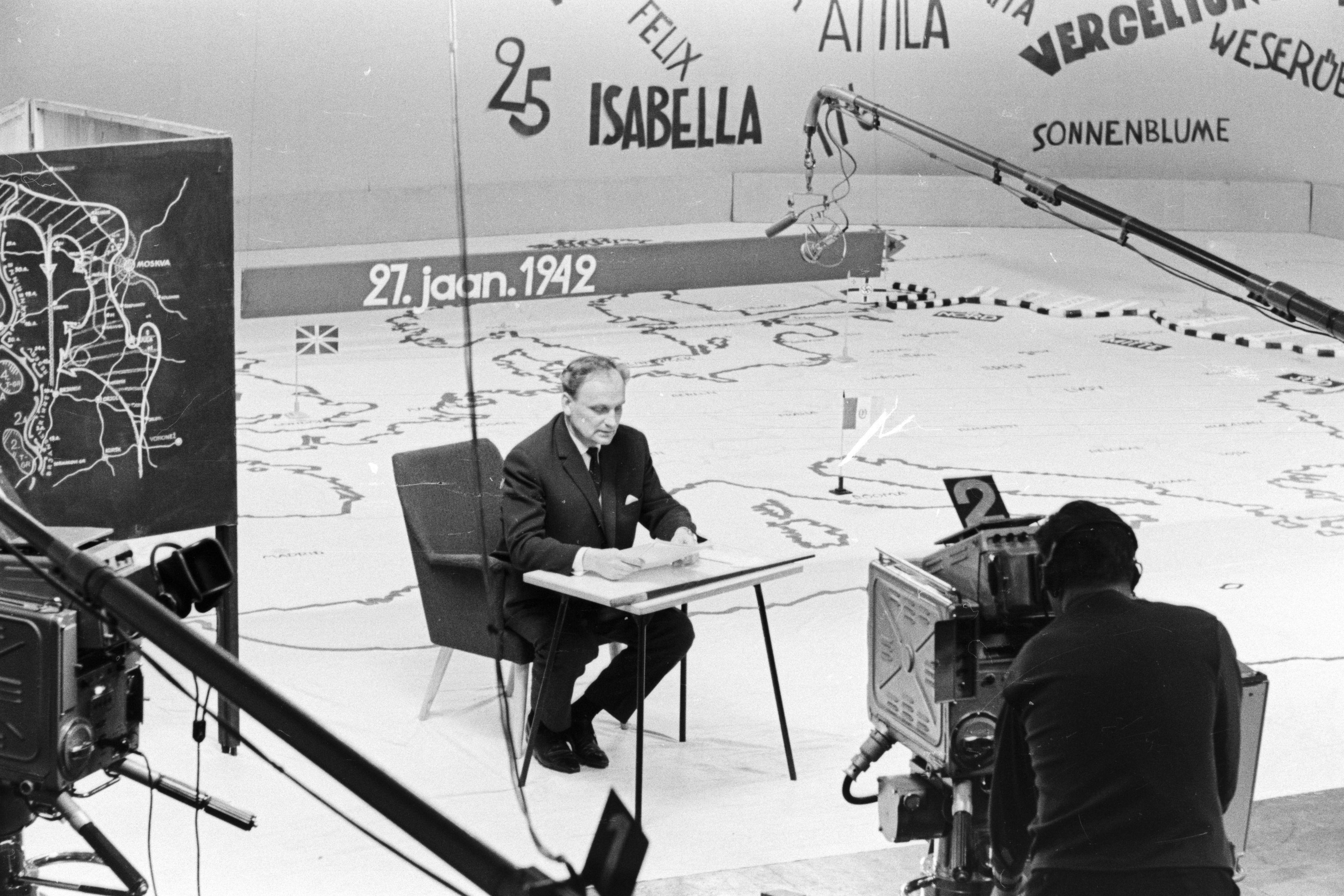 """Valdo Pant saates """"Täna 25 aastat tagasi"""" . Veebruar 1967. Foto A. Alla. RA, EFA.331.0-96880"""