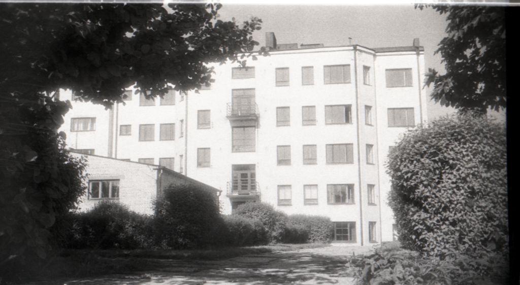 Vaade majale hoovi poolt, 1940ndad. ERAF2.2.4846.2. eraf2-2-4846-2