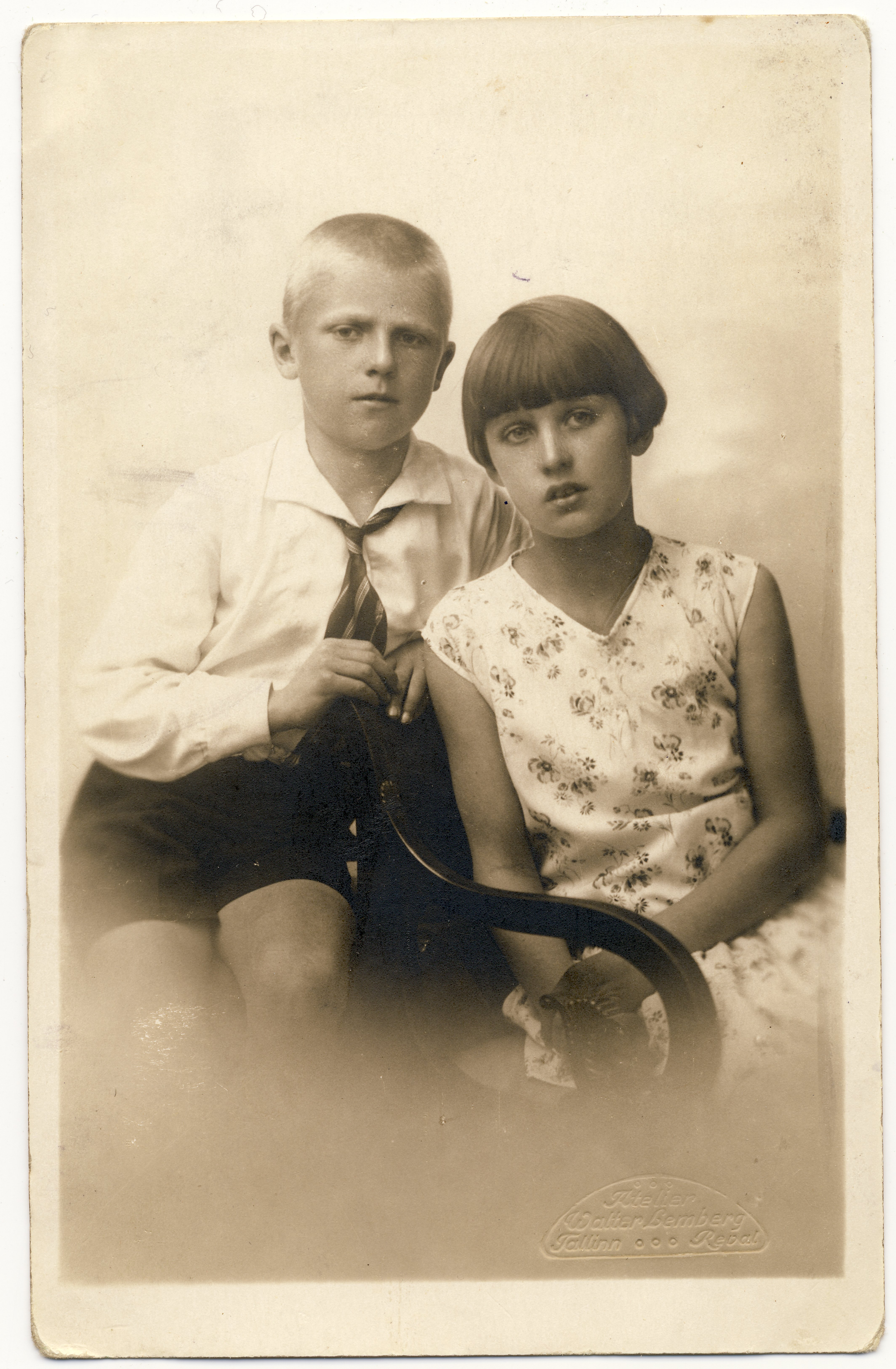 Raimond Valgre vend Enn ja õde Eevi