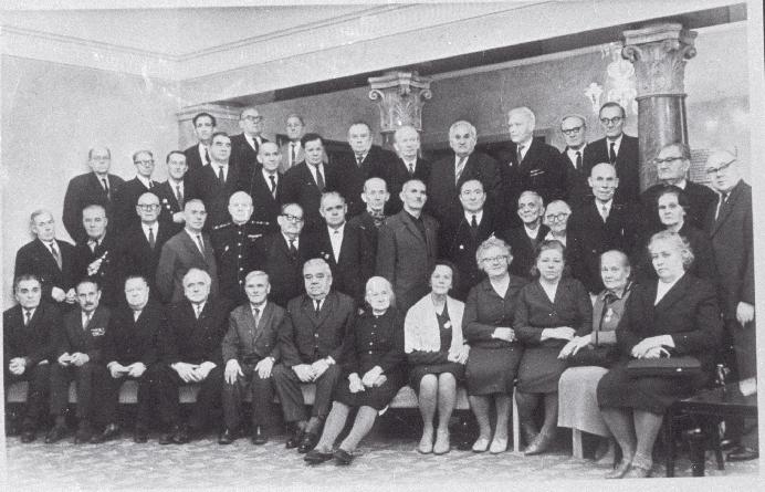 Grupp autasustatuid ENSV Ülemnõukogu Presiidiumi saalis, 1967. RA, ERAF.2.1.6727.1. erf0002_001_0006727_00001_00000_00001_ft