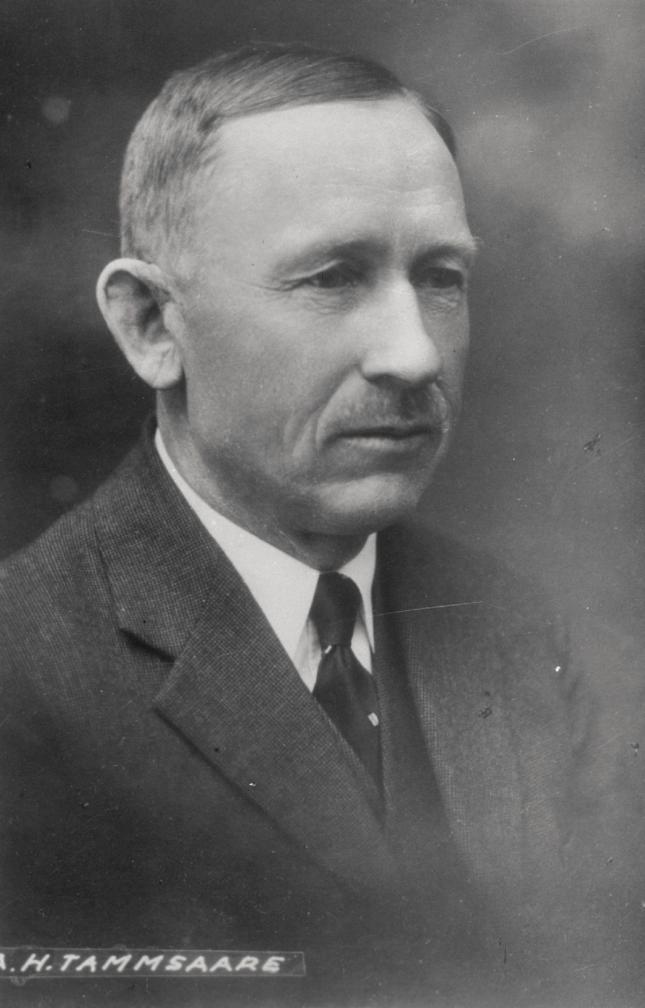 Portreefoto, Anton Hansen Tammsaare 1930ndatel aastatel. ERAF.2.2.1577.1