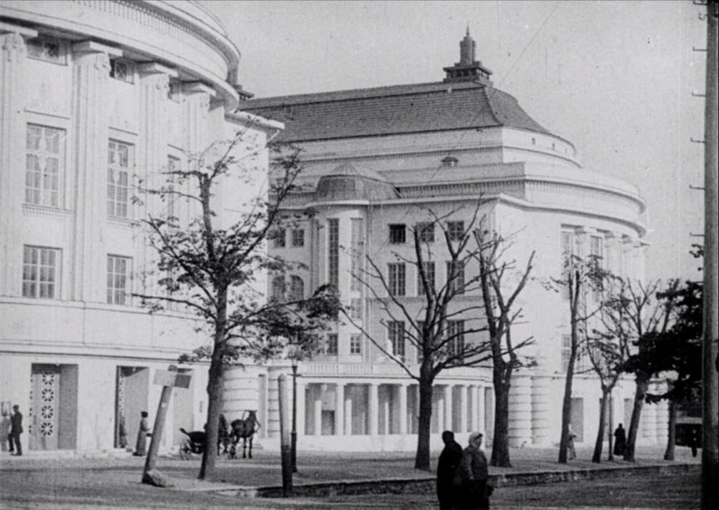 """Kaader kroonikapalast """"""""Estonia"""" rahvateater ja kontserdimaja Tallinnas"""". Estonia teater."""