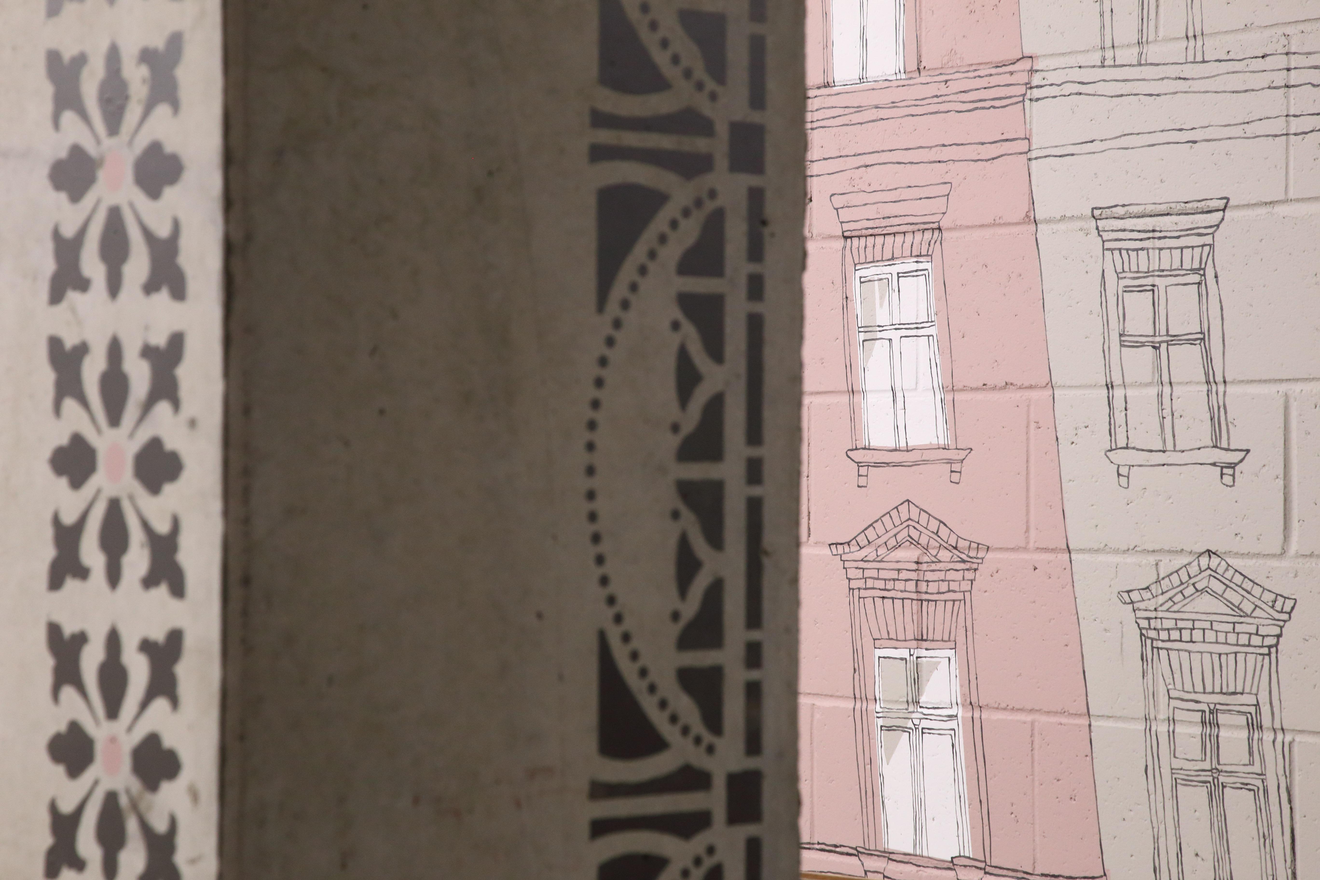 Maalingud muusuemhoidla seintel. Maalingute autorid: Katrin Maask, Kristel Sergo, Marian Holtz ja Maris Välja. Foto: Benno Aavasalu